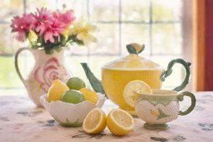 I made hot lemon tea